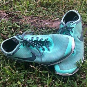 💥🔥green Nike shoes 🔥💥